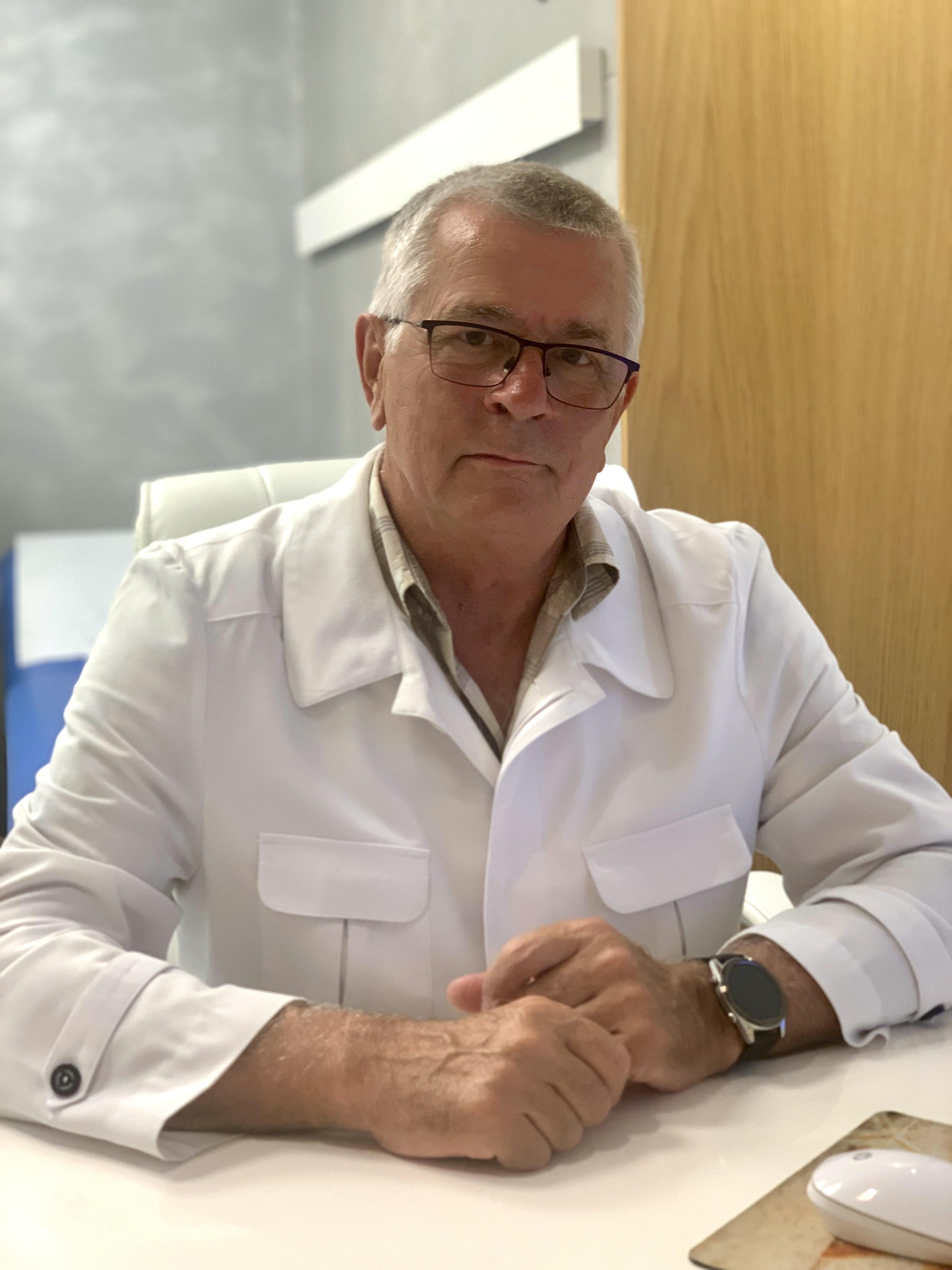 Попов Валерий Александрович